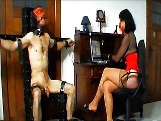 Herrin Folter diese Stooge durch Webcam