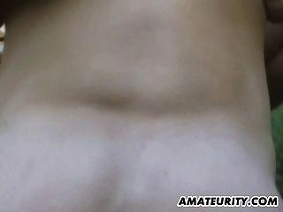 sehr heiße Amateur Freundin Outdoor Aktion mit Cumshot