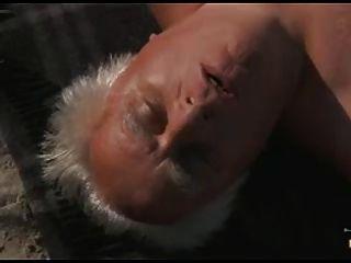 die sonnige Seite des Lebens ... und der Rentner Sperma im Mund!