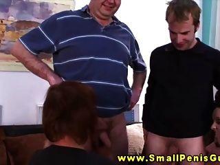 kleine Penis Dudes gedemütigt werden