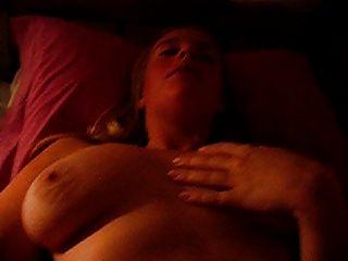 Ex Freundin masturbieren macht sich selbst cum 2