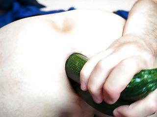 Gemüse füllt meinen Arsch Anal gape 06.2013