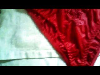 rote Schlüpfer (4 mal)