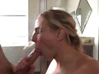 Beute Milf Engel Allwood bekommt große Sperma Schuss
