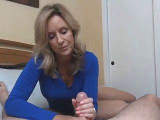blonde Frau haben großen Sex