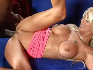 blonde brit babe wird von bbc gefickt