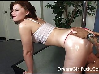 cindy big ass brunette schlug hart