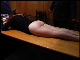 spanking sekretärin