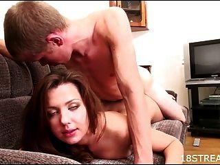 sexy und wilde couch humping