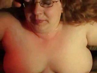 Chubby GF nimmt große Explosion, cum bis ihre Nase