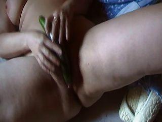 Masturbation mit Gurke