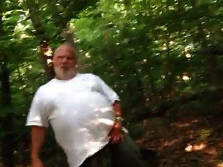 Str8 Papa, was machst du im Wald?