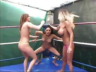 drei pussy verdrehen böse frauen wrestling wf