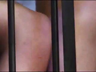 Hot Doggy Style Sex im Gefängnis !!!