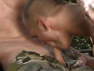 heiße militärjungs ficken