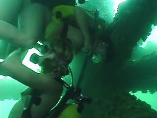 tiefe Unterwasser-Dreier Teil 3