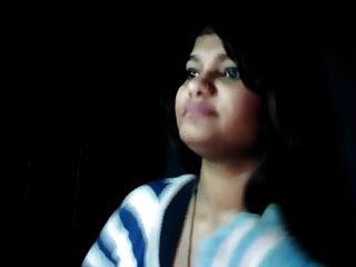 heißes pakistanisches Mädchen nehakhan zeigt boobs zu bf p1