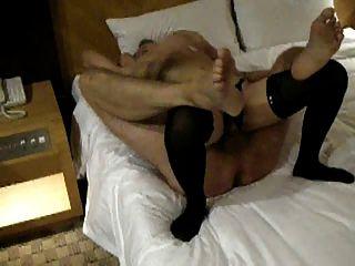Ein weiterer Expatriate fucking ein lokales Mädchen in seinem Hotelzimmer
