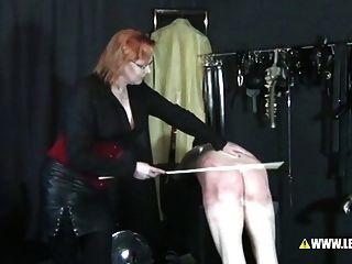 Dame marfas spankingseminar