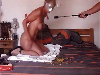 Sklave warten auf Meister, um bestraft zu werden