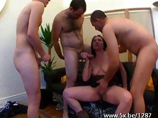 französische hausfrau barbara gangbanged