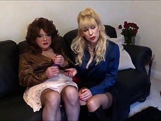 Madame C sagt Engel, wie der Vibrationsstecker verwendet wird