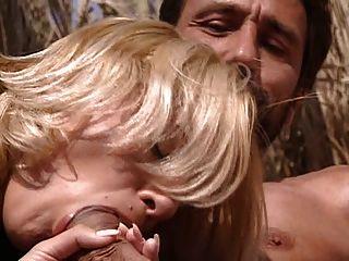 Szene # 2 aus Wüstenlager Sex Exchange (Kristall)