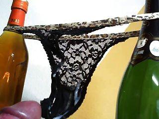 String Tanga panty wichsen wichsen schmutzig sperma cumshot