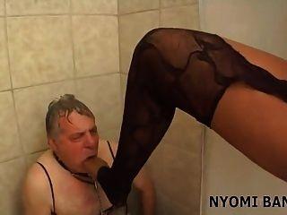 nyomi banxxx ebony necken p2