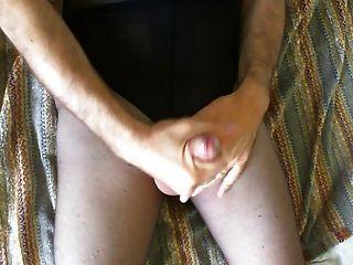 Masturbation und Cumshot auf Strumpfhose