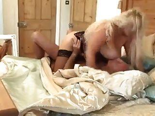 sexy big tit blond milf fickt