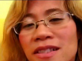 asiatische Fisting Hündin