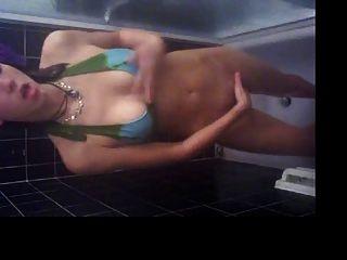 Selbstbeobachtung Masturbation in der Dusche