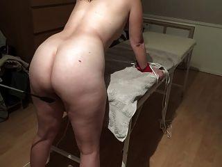 dänisches Mädchen leichte Spanking mit Peitsche lidt blid Bondage Bein