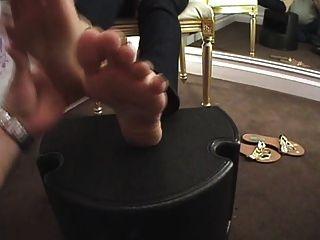 stinkige Latina Füße