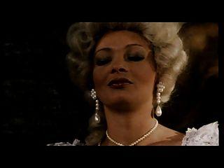 Gräfin der Fotze, Dame im Warten auf Königin Hündin