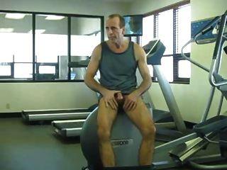 das Fitnessstudio des Hotels