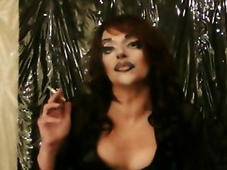 lola redhead Rauch Königin