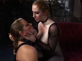 lesbische Sklaverei Anbetung Körper Herrin