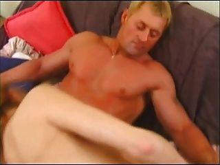 Amateur Milf Vorabend Adams liebt junge Hahn