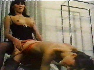 shemale Retro Sex mit einem Mädchen