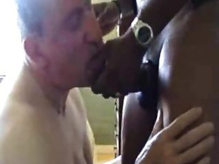 weißer Junge liebt daddys großen schwarzen Schwanz