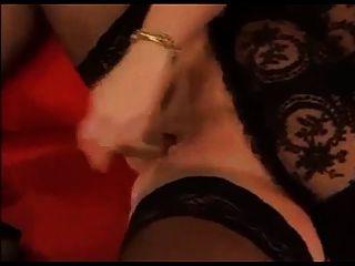 hot bbw masturbation in schwarzen strümpfen