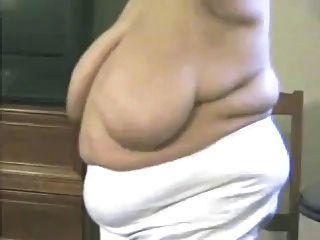 bbw granny brust spielen