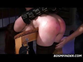 Arsch spanked rot dann gefickt