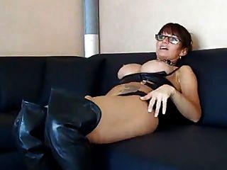other girls heißes schwarzes Mädchen, das Sex hat attractive and flexible. Just