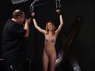 Sklave von einem Meister benutzt