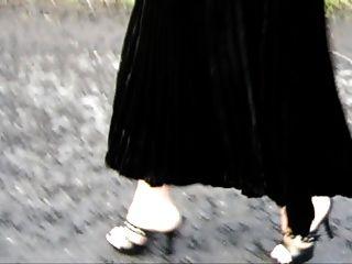 toeless Strumpfhose im Freien getragen (Schottland)
