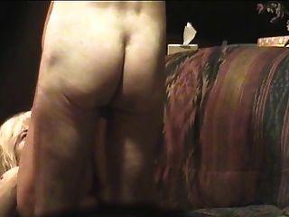 heißer Sex mit Darla in ihrem lila Top