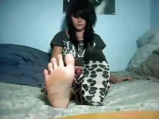 Füße Beine und Fersen Goth Chick